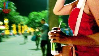 Night Walk Along The #Pattaya Beach Road, December 2017, Vlog 201