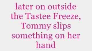 Trisha Yearwood- She's In Love With The Boy (Lyrics)
