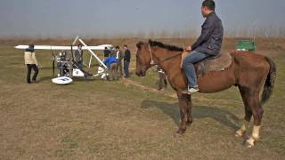 preview picture of video 'Flying in China on new Ramphos Trike in town Changsha'