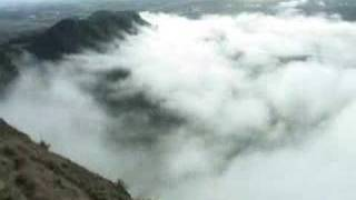 preview picture of video 'Te Mata Peak Fog Time lapse'