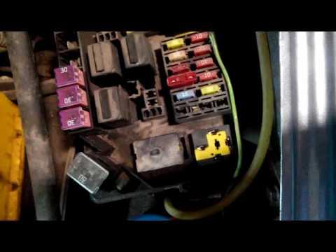 Reno logan arbeitet der Sensor des Benzins auf nicht