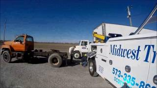 TRAILER LIFT WITH 4024