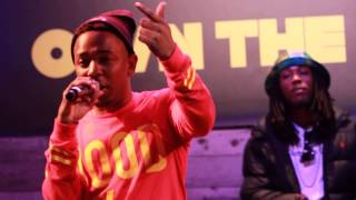 "Kendrick Lamar Performs ""Backseat Freestyle"" in Brooklyn for Footaction Event"