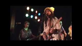 Video HOW?NO!CUC - KONZUMUJ !!! (videoCUCklip - live 2006)