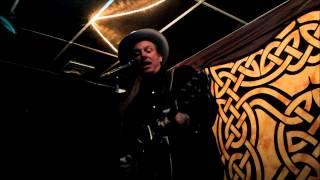 Chuck Mead - No Train to Memphis