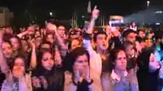 Serdar Ortaç Konserinde Ahmet Kaya Protestosu