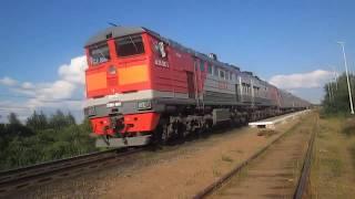 Пригородный поезд и маленький бонус