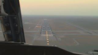 Boeing 737-200 Cockpit Landing Video