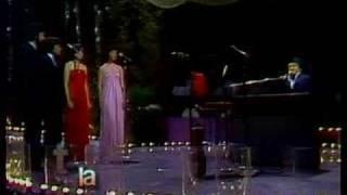 Somos Novios - En Vivo - Armando Manzanero (Video)