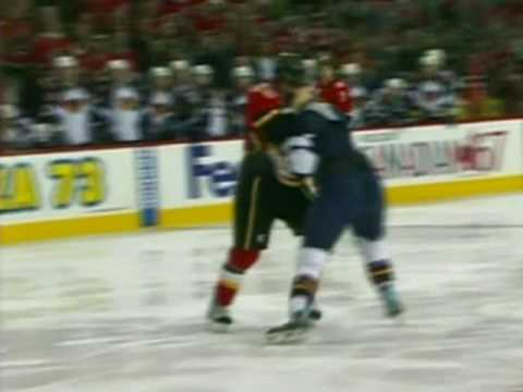 Curtis Glencross vs. Colby Armstrong