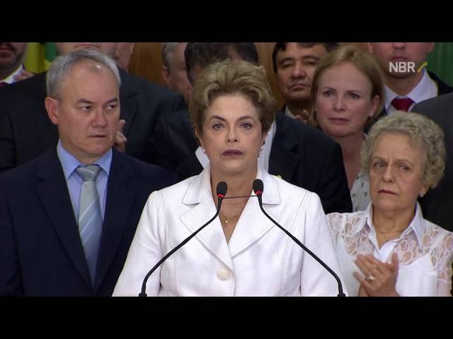Dilma-a-luta-pela-democracia