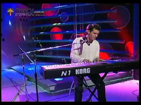 Axel video Me estoy enamorando - Piso CM 2003