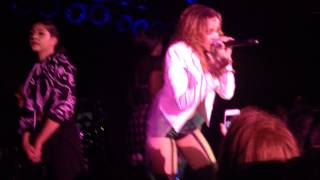 Tinashe - How Many Times & Far Side Of The Moon (Aquarius Tour In Toronto 13/12/14)
