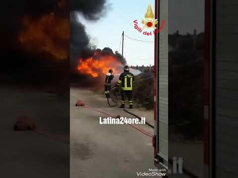 VIDEO Enorme incendio nell'impianto idrico di Carano ad Aprilia