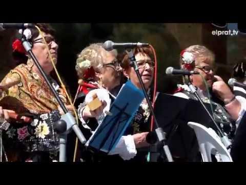 El folclore y la cultura extremeña en el Parque Nou por el Día de Extremadura
