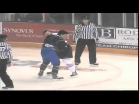 Tyler Sheldrake vs Robert Davis