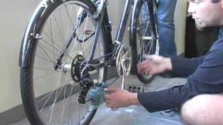 How to clean and lube a bike chain