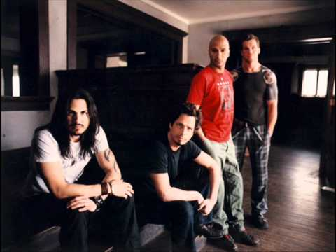 Audioslave - We Got the Whip
