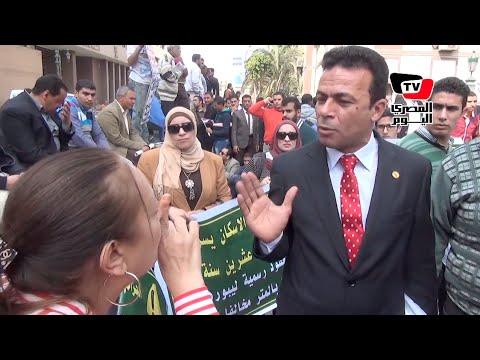 مشادة كلامية مع «نائب» أمام البرلمان لتجديده الثقة في الحكومة