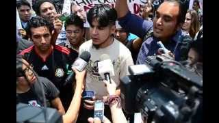 preview picture of video 'Miranda de Wallace en UAM-Iztapalapa. III Agreden a estudiante.'