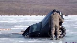 Люди тонут на зимней рыбалке