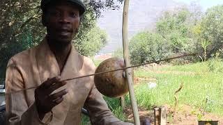 How to play uhadi calabash bow