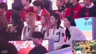 "[171231] MBC 가요대제전 Mamamoo reaction to BTS ""고민보다 Go"" short part 직캠"