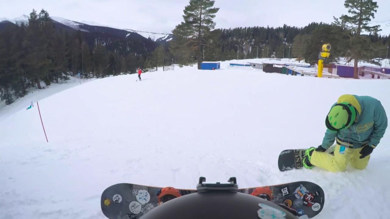 На сноуборде въехал в барана