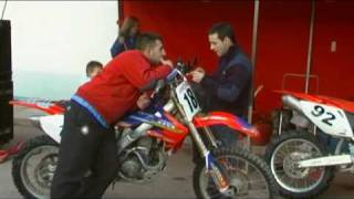 preview picture of video 'II Resistencia Enduro Pedralba: Ambiente previo a la competición (Parte 5 de 9)'