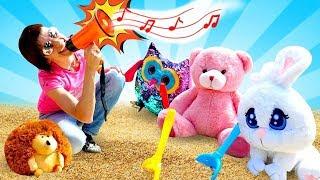 Маша Капуки и игрушки в песочнице! Развивающие мультики для малышей на Капуки Кануки