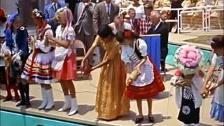 Walt Disney's Wonderful World of Color - Disneyland Around the Seasons (1966)
