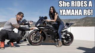 This GIRL rides a YAMAHA R6!
