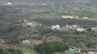 preview picture of video 'اليمن  تعز العز - قرية دقم الغراب دبع الخارج في عز الصيف روعة يابلادي'