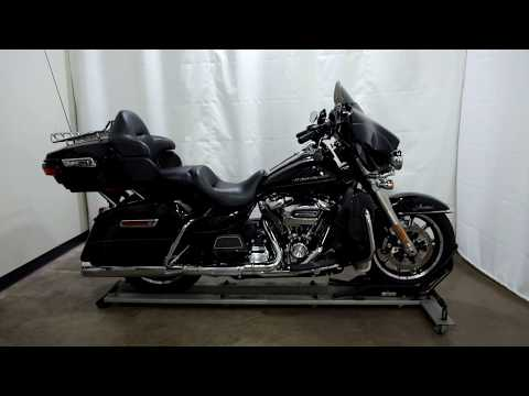 2017 Harley-Davidson Ultra Limited in Eden Prairie, Minnesota - Video 1