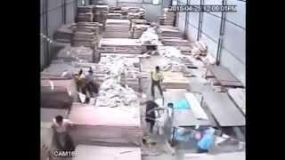 Video Gempa Nepal 25042015