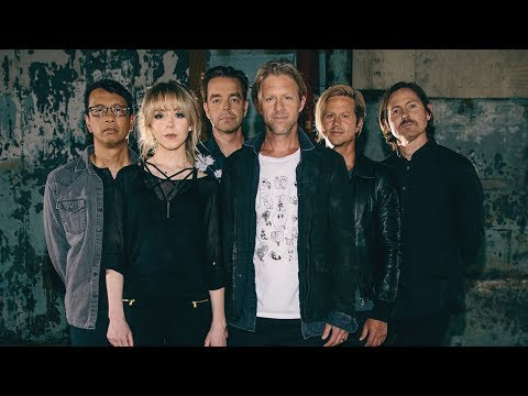 Switchfoot 'VOICES' junto a la violinista rock star Lindsey Stirling