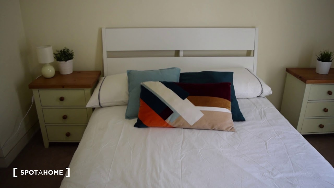 Sunny 2-bedroom apartment for rent in Temple Bar