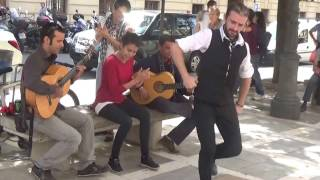 Flamenco in Granada - street performance