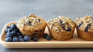 blueberry muffin with ice cream