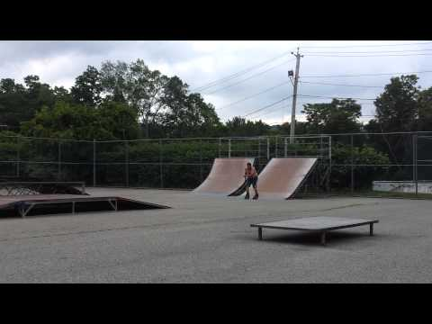 Courtland manor skate park on inline skates
