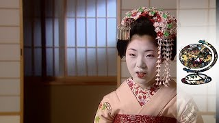 An Insight Into Japans Modern Geisha  (2003)