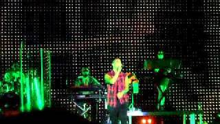 STAN WALKER HAMILTON CONCERT 20/02/2011....#inside out song... :)