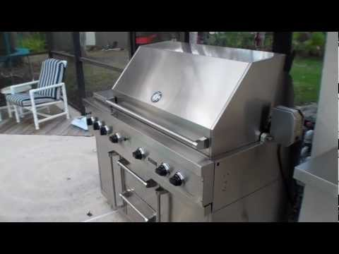 Viking Grill 53″ Ultra Premium E Series Grill with Side Burner and TruSear – VGIQ