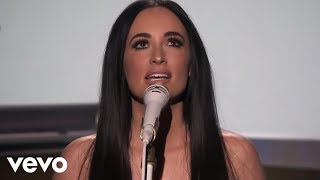 Kacey Musgraves - Space Cowboy (Live From The Tonight Show Starring Jimmy Fallon)