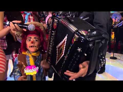 Sabadazo Duelo de acordeones Calibre 50 y Banda la Trakalosa 18 enero 2014