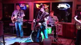 Divided Highway-Don't Rock The Jukebox