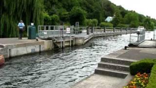 Marsh Lock, near Henley-on-Thames, Oxfordshire, England !
