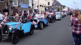 preview picture of video 'Cavalcade through St Peter Port - Liberation Day (9th May 2014) - Video 2'