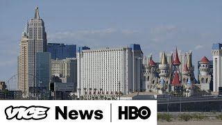 Squatters Are Taking Over Las Vegas' Abandoned Houses (HBO)