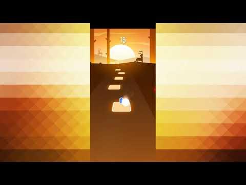 Играю в Tiles Hop под песню Спасательный круг!